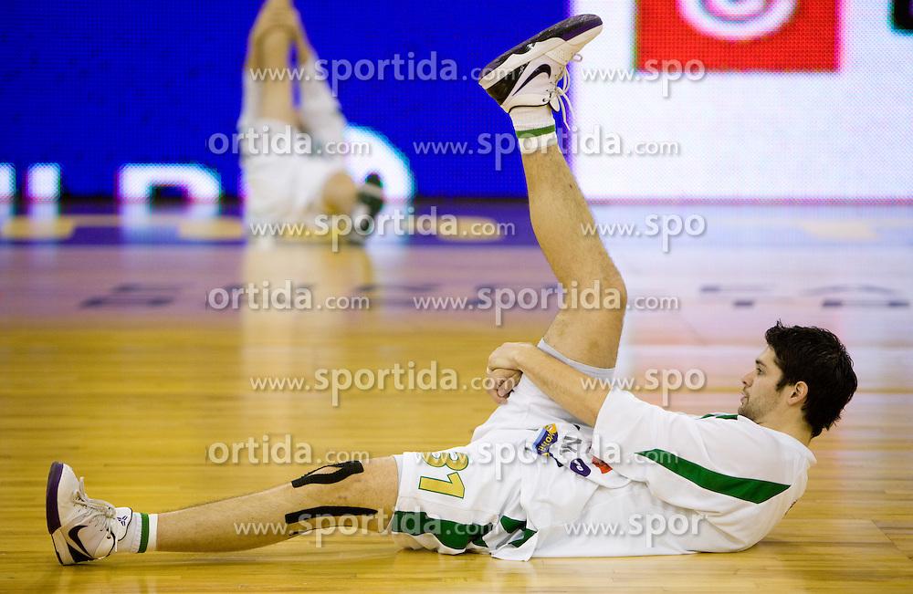 Saso Ozbolt (31) of Olimpija at warming up before the Euroleague basketball match in 5th Round of Group C between KK Union Olimpija and Virtus Lottomatica Roma, on November 25, 2009, in Arena Tivoli, Ljubljana, Slovenia. (Photo by Vid Ponikvar / Sportida)
