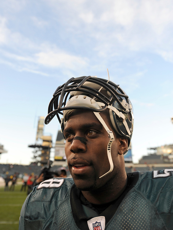 PHILADELPHIA - NOVEMBER 01: Trent Cole #58 of the Philadelphia Eagles looks on against the New York Giants on November 1, 2009 at Lincoln Financial Field in Philadelphia, Pennsylvania. The Eagles defeated the Giants 40 to 17(Photo by Rob Tringali) *** Local Caption *** Trent Cole
