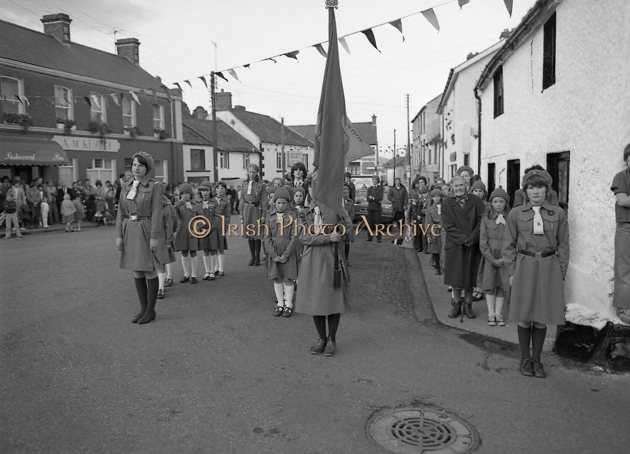 """The Carlingford Oyster Festival.1982.19.08.1982..08.19.1982.19th August 1982..Pictures and Images of the Carlingford Oyster Festival...The Minister For Fisheries and Forestry Mr Brendan Daly officially opened  The Carlingford Oyster Festival. The Chairman of the organising committee was Mr. Joe McKevitt..""""The Oyster Pearl"""" was Ms Deirdre McGrath.. The local Girl Guides await the Ministers arrival."""