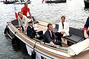 Prins Maurits , beschermheer van Sail Amsterdam en prinses Marilène varen tijdens de sail in een sloep rond<br /> <br /> Prince Maurice, patron of Sail Amsterdam and princess Marilène sail during the sail 2015