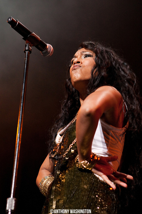 Melanie Fiona performs during the Alicia Keys Freedom Tour at the Verizon Center on Thursday, March 25, 2010 in Washington, DC.