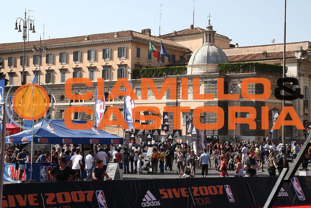 DESCRIZIONE : Roma Adidas NBA 5ive di Piazza del Popolo<br /> GIOCATORE : <br /> SQUADRA : <br /> EVENTO :  Roma Adidas NBA 5ive di Piazza del Popolo<br /> GARA :   <br /> DATA : 15/09/2007 <br /> CATEGORIA : ritratto<br /> SPORT : Pallacanestro <br /> AUTORE : Agenzia Ciamillo-Castoria/G.Pappalardo <br /> GALLERIA: Nba Europe Live Tour 2007 <br /> FOTONOTIZIA: Roma Adidas NBA 5ive di Piazza del Popolo<br /> Predefinita: si