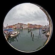 November 29~December 2, 2014  •  Venice, Italy  •  new images for 'aRound Venice'  •  the Grand Canal near the Ponte di Rialto