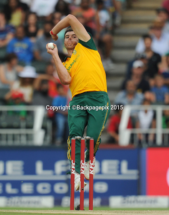Marchant de Lange of South Africa during the 2015 KFC T20 International Series match between South Africa and West Indies at Wanderers, Johannesburg on the 11 January 2015  ©Muzi Ntombela/BackpagePix