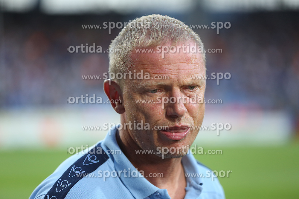 31.08.2015, Rewirpower Stadion, Bochum, GER, 2. FBL, VfL Bochum vs TSV 1860 Muenchen, 5. Runde, im Bild Trainer Torsten Froehling (TSV 1860 Muenchen) // during the 2nd German Bundesliga 5th round match between VfL Bochum and TSV 1860 Muenchen at the Rewirpower Stadion in Bochum, Germany on 2015/08/31. EXPA Pictures &copy; 2015, PhotoCredit: EXPA/ Eibner-Pressefoto/ Schueler<br /> <br /> *****ATTENTION - OUT of GER*****