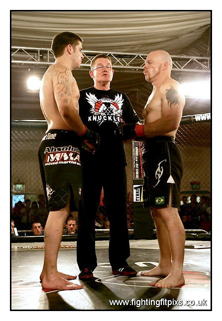 3- Dan Evans v Danny Poulsom..KnuckleUp Promotions..Bath Pavillion.Sat 31-7-2010