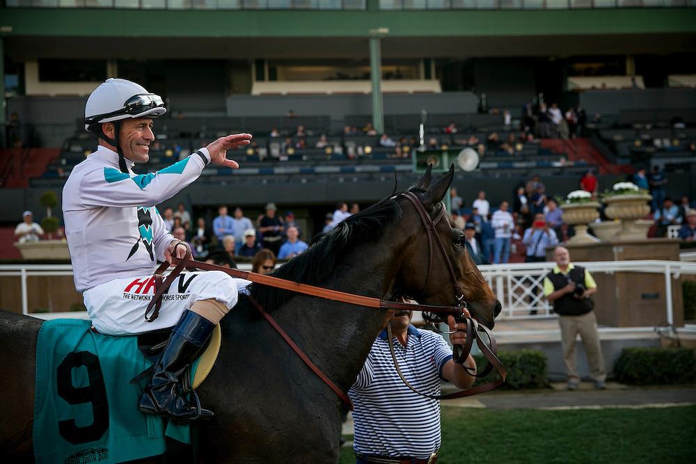 January 31 2015: Avnzare with jockey Gary Stevens up wins the Arcadia Stakes at Santa Anita Park in Arcadia CA. Alex Evers/ESW/CSM