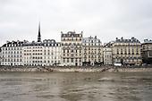 Parigi senna in piena
