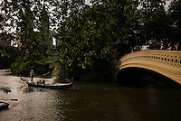 NEW YORK, NY - June 28, 2014 - A proposal on the gondola boat ride that departs from Loeb Boathouse on The Lake in Central Park. <br /> <br /> Photo by Robert Caplin