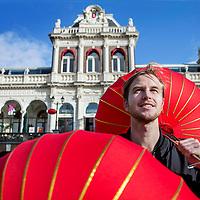 Nederland, Amsterdam, 20 oktober 2017.<br />Tommy Hendriks, die als Hollander Chinese Dancemuziek populair maakt.<br />achtergrondverhaal over Amsterdam Dance Event. Verhaal gaat erover dat hij ooit als piepjonge student naar China is gegaan, nooit meer is weggegaan en daar in zijn eentje nu probeert om chinezen warm te laten lopen voor dancemuziek. Nu, bijna vijf jaar later, staan er voor het eerst allemaal Chinese dj's op het event.<br /><br /><br /><br /><br />Foto: Jean-Pierre Jans