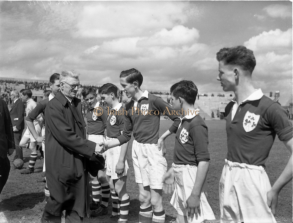 23/05/1953<br /> 05/23/1953<br /> 23 May 1953  <br /> Soccer: Ireland v Wales Schoolboys International at Dalymount Park, Dublin.
