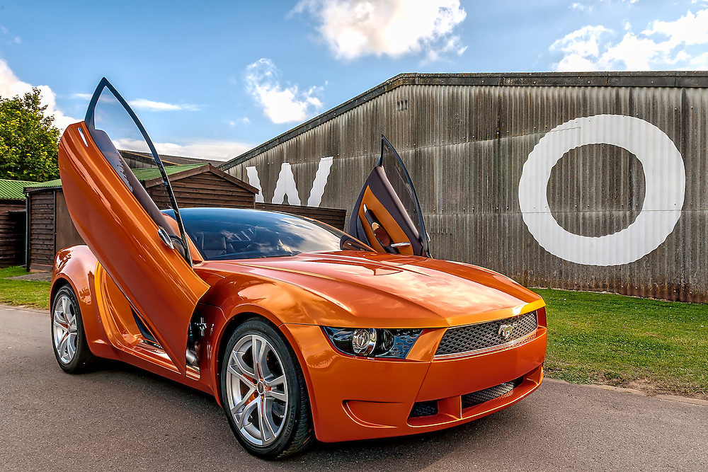 Ford Mustang concept by Giugiaro/Italdesign