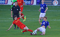 BIRKENHEAD, ENGLAND - Sunday, October 23, 2016: Liverpool's Matthew Virtue in action against Everton's Kieran Dowell during the Mini-Derby FA Premier League 2 Under-23 match at Prenton Park. (Pic by David Rawcliffe/Propaganda)