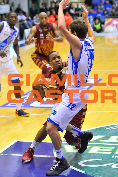 DESCRIZIONE : Campionato 2013/14 Dinamo Banco di Sardegna Sassari - Umana Reyer Venezia<br /> GIOCATORE : Aaron Johnson<br /> CATEGORIA : Penetrazione Fallo<br /> SQUADRA : Umana Reyer Venezia<br /> EVENTO : LegaBasket Serie A Beko 2013/2014<br /> GARA : Dinamo Banco di Sardegna Sassari - Umana Reyer Venezia<br /> DATA : 16/03/2014<br /> SPORT : Pallacanestro <br /> AUTORE : Agenzia Ciamillo-Castoria / Luigi Canu<br /> Galleria : LegaBasket Serie A Beko 2013/2014<br /> Fotonotizia : Campionato 2013/14 Dinamo Banco di Sardegna Sassari - Umana Reyer Venezia<br /> Predefinita :