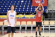 DESCRIZIONE: Berlino EuroBasket 2015 - Allenamento<br /> GIOCATORE:Amedeo Della Valle Marco Belinelli<br /> CATEGORIA: Allenamento<br /> SQUADRA: Italia Italy<br /> EVENTO:  EuroBasket 2015 <br /> GARA: Berlino EuroBasket 2015 - Allenamento<br /> DATA: 08-09-2015<br /> SPORT: Pallacanestro<br /> AUTORE: Agenzia Ciamillo-Castoria/I.Mancini<br /> GALLERIA: FIP Nazionali 2015<br /> FOTONOTIZIA: Berlino EuroBasket 2015 - Allenamento