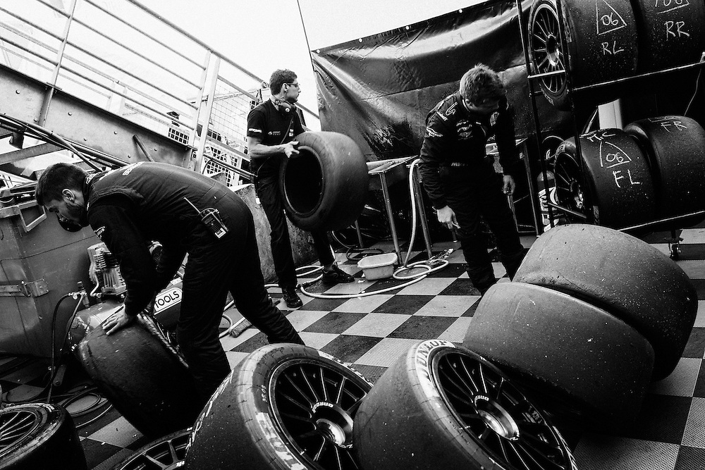 Tyres are brought forward into the pits during the 2014 Le Mans 24 race. Le Mans, France, 14th June 2014. Photo by Greg Funnell.