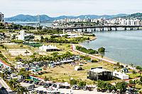 Festa dos 286 anos de Florianópolis no Parque de Coqueiros. Florianópolis, Santa Catarina, Brasil. / <br /> Party for the 286th birthday of Florianopolis at Coqueiros Park. Florianopolis, Santa Catarina, Brazil.