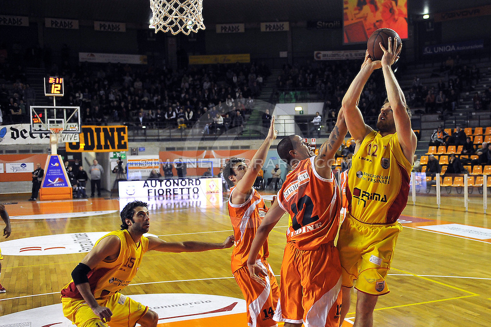 Udine, 30/01/2011..PalaCarnera. Campionato di Basket LegaDue 2010/11. Regular Season. .Snaidero Udine vs Prima Veroli..Nella foto: Kavaliauskas..Foto di Simone Ferraro