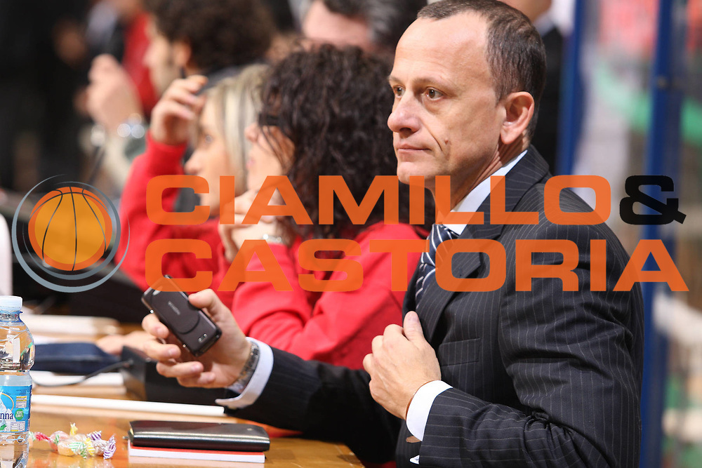 DESCRIZIONE : Siena Lega A1 2008-09 Montepaschi Siena Scavolini Spar Pesaro<br /> GIOCATORE : Colucci<br /> SQUADRA : Scavolini Spar Pesaro<br /> EVENTO : Campionato Lega A1 2008-2009<br /> GARA : Montepaschi Siena Scavolini Spar Pesaro<br /> DATA : 21/12/2008<br /> CATEGORIA : Ritratto<br /> SPORT : Pallacanestro<br /> AUTORE : Agenzia Ciamillo-Castoria/G.Ciamillo