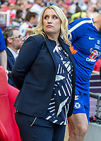 Football - SSE Women's FA Cup Final - Arsenal Women vs. Chelsea Ladies<br /> <br /> Emma Hayes, Chelsea Ladies FC Manager, who is 33 weeks pregnant watches as her team take the field at Wembley Stadium.<br /> <br /> COLORSPORT/DANIEL BEARHAM