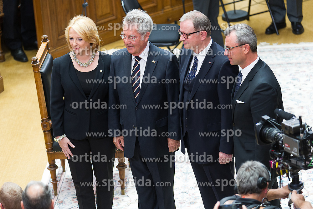 08.07.2016, Historischer Sitzungssaal, Wien, AUT, Parlament, Bundesversammlung zur Verabschiedung des scheidenden Bundespräsidenten Fischer, im Bild v.l.n.r. Nationalratspräsidentin Doris Bures (SPÖ), der scheidende Bundespraesident von Österreich Heinz Fischer, Nationalratsabgeordneter ÖVP und Zweiter Nationalratspräsident Karlheinz Kopf und Dritter Nationalratspraesident Norbert Hofer (FPÖ) // f.l.t..r. President of the National Council Doris Bures (SPOe), outgoing Federal President of Austria Heinz Fischer, 2nd President of the National Council Karlheinz Kopf (OeVP) and 3rd President of the National Council Norbert Hofer (FPOe) during farewell ceremony for the federal president of austria at austrian parliament in Vienna, Austria on 2016/07/08, EXPA Pictures © 2016, PhotoCredit: EXPA/ Michael Gruber