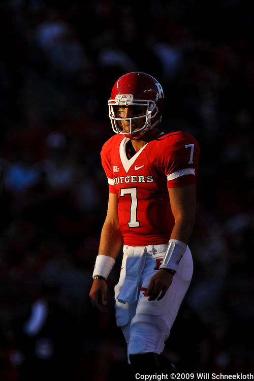 Sep 19, 2009; Piscataway, NJ, USA; Rutgers quarterback Tom Savage (7) during the first half of NCAA college football between Rutgers and Florida International at Rutgers Stadium.