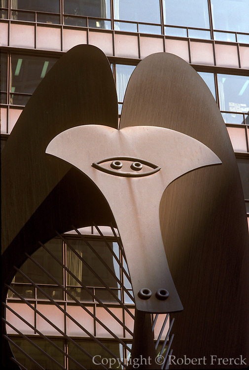 CHICAGO, SCULPTURE Picasso: Daley Center Plaza, made of CorTen steel
