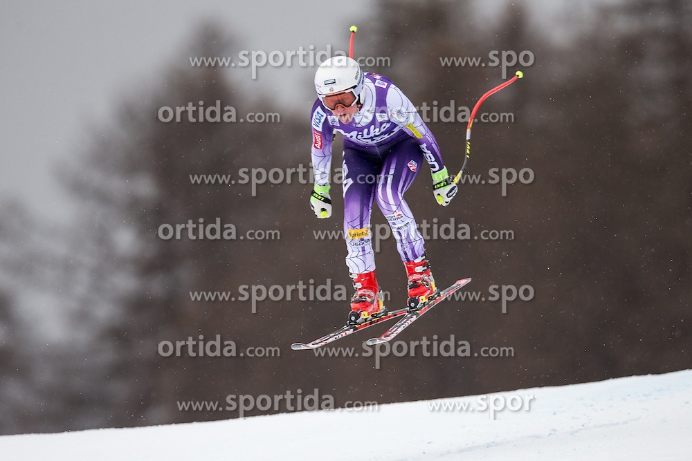 16.01.2015, Olympia delle Tofane, Cortina d Ampezzo, ITA, FIS Weltcup Ski Alpin, Abfahrt, Damen, im Bild Alice Mckennis (USA) // Alice Mckennis of the USA in action during the ladies Downhill of the Cortina FIS Ski Alpine World Cup at the Olympia delle Tofane course in Cortina d Ampezzo, Italy on 2015/01/16. EXPA Pictures © 2015, PhotoCredit: EXPA/ Johann Groder