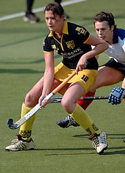15-05-2005 HOCKEY: DEN BOSCH - HIGHTOWN: EUROPACUP 1: DEN BOSCH<br /> Den Bosch heeft vandaag de finale bereikt van het toernooi om de Europa Cup voor landskampioenen. De Brabantse ploeg deed dat met overmacht: 7-1 tegen het Engelse Hightown / Tineke Maassen<br /> ©2005-WWW.FOTOHOOGENDOORN.NL