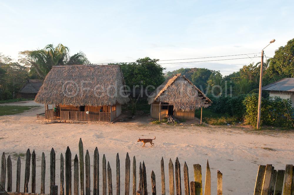 Daylilife at Caco-Macaya community, alto Ucayalli