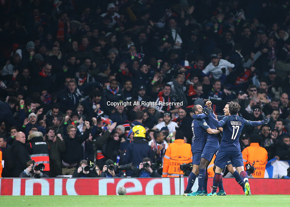 23.11.2016. Emirates Stadium, London, England. UEFA Champions League Football. Arsenal versus Paris Saint Germain. Paris Saint-Germain Midfielder Lucas levels the score at 2-2 with a headed goal and celebrates with Paris Saint-Germain Defender Maxwell and team mates
