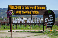 2014 March 20:  Napa Welcome sign. Spring in the Napa Valley wine region.  Stock Photos