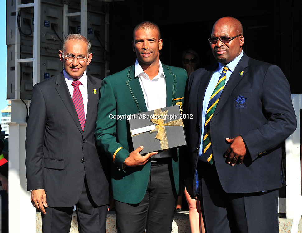 Haroon Lorgat (Cricket South Africa CEO), Vernon Philander and Chris Nenzani (President of Cricket South Africa) during the 2015 Cricket World Cup Protea squad announcement  at the V&A Waterfront, Cape Town on 7 January 2015 ©Ryan Wilkisky/BackpagePix