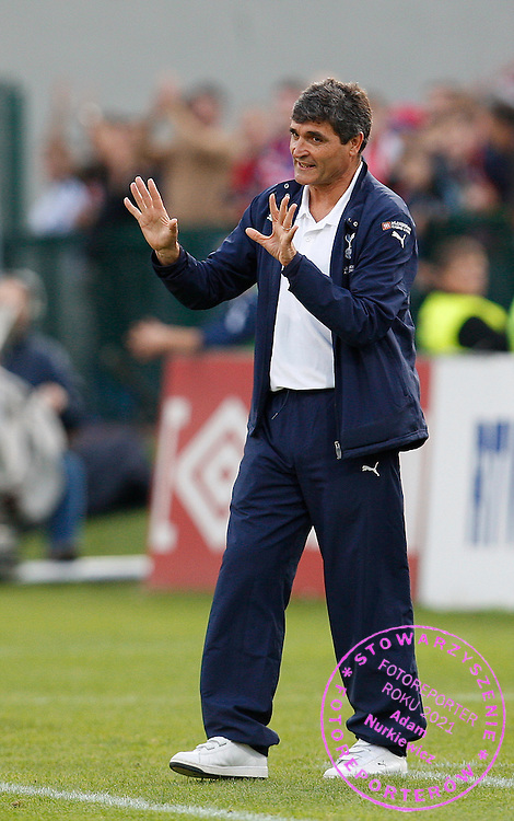 Tottenham Hotspur manager Juande Ramos reacts during the match ...--------------------..Piotr Hawalej ..UEFA Cup - First Round..Second Leg..Wisla Krakow v Tottenham Hotspur..2 October 2008..FOT. PIOTR HAWALEJ / WROFOTO