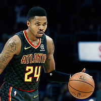 08 January 2018: Atlanta Hawks guard Kent Bazemore (24) brings the ball up court during the LA Clippers 108-107 victory over the Atlanta Hawks, at the Staples Center, Los Angeles, California, USA.