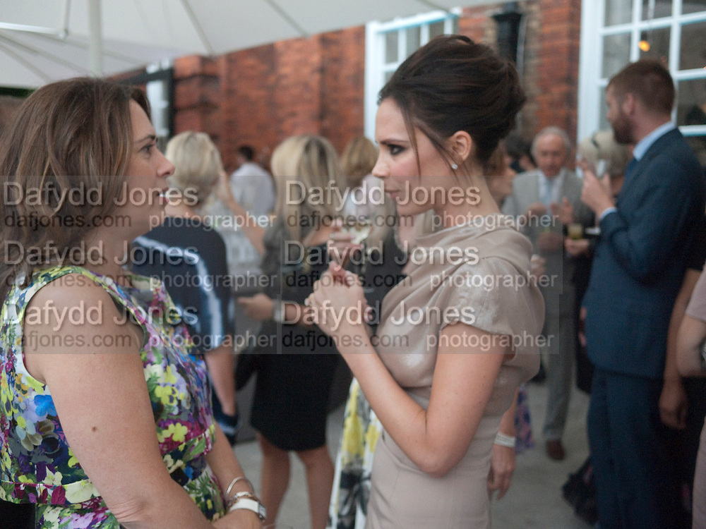 ALEXANDRA SHULMAN; VICTORIA BECKHAM;, Alexandra Shulman, Editor of Vogue & Phil Popham, Managing Director of Land Rover<br /> host the 40th Anniversary of Range Rover. The Orangery at Kensington Palace. London. 1 July 2010. -DO NOT ARCHIVE-© Copyright Photograph by Dafydd Jones. 248 Clapham Rd. London SW9 0PZ. Tel 0207 820 0771. www.dafjones.com.