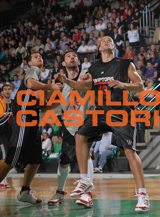 DESCRIZIONE : Treviso NBA Europe Live Tour 2007 allenamento practice Toronto Raptors <br /> GIOCATORE : Garbajosa <br /> SQUADRA : Toronto Raptors <br /> EVENTO : NBA Europe Live Tour 2007 <br /> GARA : <br /> DATA : 03/10/2007 <br /> CATEGORIA : <br /> SPORT : Pallacanestro <br /> AUTORE : Agenzia Ciamillo-Castoria/M.Gregolin <br /> GALLERIA: Nba Europe Live Tour 2007 <br /> FOTONOTIZIA: Treviso NBA Europe Live Tour 2007 allenamento practice Toronto Raptors <br /> Predefinita: