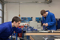 Apprentices Edward Haythorne & Andy Proctor. Sheffield Engineering Centre...© Martin Jenkinson, tel 0114 258 6808 mobile 07831 189363 email martin@pressphotos.co.uk. Copyright Designs & Patents Act 1988, moral rights asserted credit required. No part of this photo to be stored, reproduced, manipulated or transmitted to third parties by any means without prior written permission