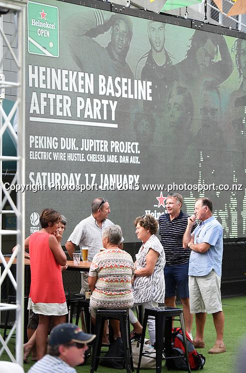 Tennis fans at the Heineken baseline on Day 1 at the Heineken Open. Festival of Tennis, ATP World Tour. ASB Tennis Centre, Auckland, New Zealand. Monday 12 January 2015. Copyright photo: Andrew Cornaga/www.photosport.co.nz