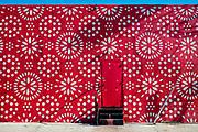 Op-Art like wall in Miami's Wynwood arts dstrict
