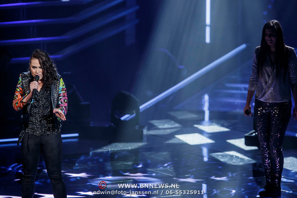 NLD/Hilversum/20141121- 2de Live The Voice of Holland, Bella Lepping