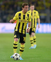 FUSSBALL  CHAMPIONS LEAGUE  HALBFINALE  HINSPIEL  2012/2013      Borussia Dortmund - Real Madrid              24.04.2013 Mario Goetze (Borussia Dortmund) Einzelaktion am Ball