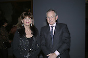 Gail Hunnicutt and Simon Jenkins, Hogarth private view and dinner. Tate Britain. London. 5 February 2007.  -DO NOT ARCHIVE-© Copyright Photograph by Dafydd Jones. 248 Clapham Rd. London SW9 0PZ. Tel 0207 820 0771. www.dafjones.com.