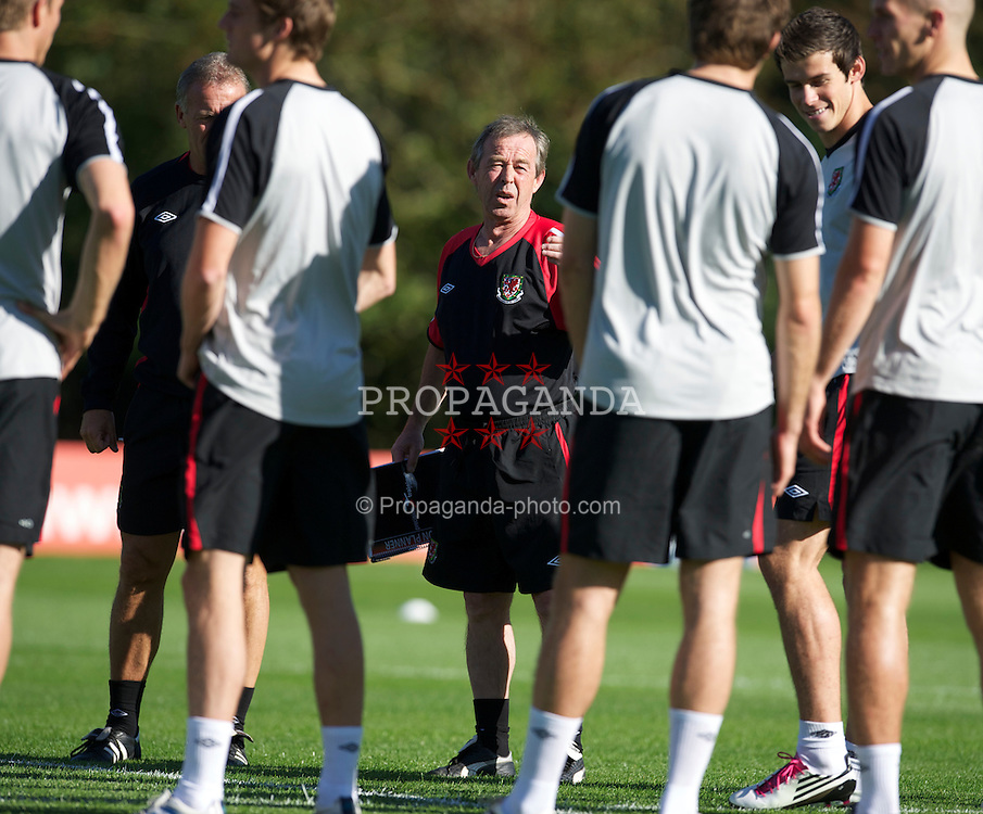 CARDIFF, WALES - Monday, October 4, 2010: Wales' new manager Brian Flynn during a training session at the Vale of Glamorgan ahead of the Euro 2012 qualifying Group G match against Bulgaria. (Pic by David Rawcliffe/Propaganda)