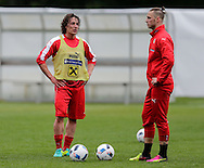 Julian Baumgartlinger (left) and Marco Arnautovic during Austria training camp ahead of Euro 2016 at Raiffeisen Arena Crap Gries, Schluein<br /> Picture by EXPA Pictures/Focus Images Ltd 07814482222<br /> 23/05/2016<br /> ***UK &amp; IRELAND ONLY***<br /> EXPA-RIN-160523-0192