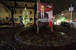 17.11.2016, Währing, Wien, AUT, Wahlkampf zur Präsidentschaftswahl 2016, im Bild Plakate von Präsidentschaftskandidat Van der Bellen // placards of the green supported candidate Van der Bellen  according to austrian presidential elections iin Vienna, Austria on 2016/11/17, EXPA Pictures © 2016, PhotoCredit: EXPA/ Michael Gruber