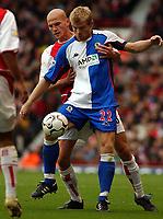 Fotball. Premier League. 26.10.2002.<br /> Arsenal v Blackburn.<br /> Egil Østenstad, Blackburn.<br /> Pascal Cygan, Arsenal.<br /> Foto: Javier Garcia, Digitalsport