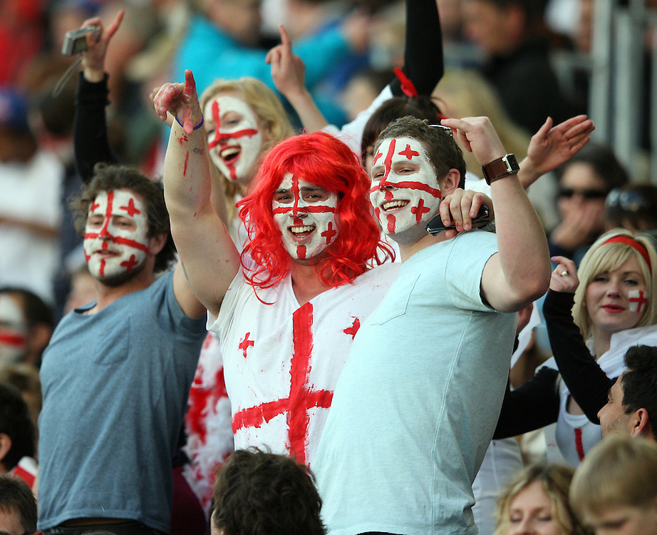 England supporters at the Rugby World Cup pool match between England and Georgia at Otago Stadium, Dunedin, New Zealand, Sunday, September 18, 2011. Credit:SNPA / Dianne Manson.