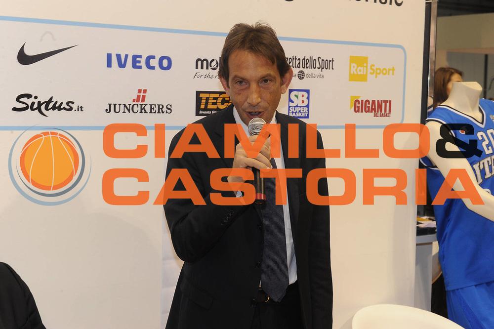 DESCRIZIONE : Milano BIT Borsa Italiana del Turismo FIP Federazione Italiana Pallacanestro<br /> GIOCATORE : Perra<br /> SQUADRA : BIT Borsa Italiana del Turismo<br /> EVENTO : BIT Borsa Italiana del Turismo<br /> GARA : <br /> DATA : 17/02/2011<br /> CATEGORIA : ritratto<br /> SPORT : Pallacanestro<br /> AUTORE : Agenzia Ciamillo-Castoria/GiulioCiamillo<br /> Galleria : FIP Nazionali 2011<br /> Fotonotizia :  Milano BIT Borsa Italiana del Turismo FIP Federazione Italiana Pallacanestro<br /> Predefinita :
