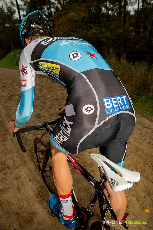 BELGIUM / BELGIE / BELGIQUE / KALMTHOUT / CYCLING / WIELRENNEN / CYCLISME / CYCLOCROSS / VELDRIJDEN /  KEVIN PAUWELS – (BEL) – MARLUX-NAPOLEON GAMES /